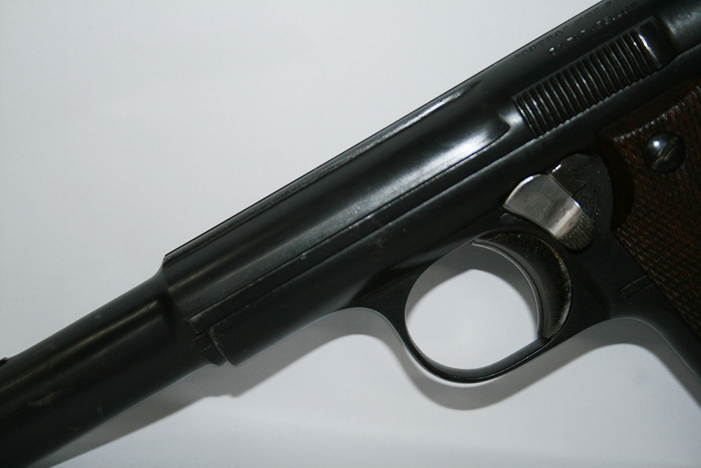 ASTRA_Selbstladepistole_600-43_9mmLuger_bayerwald-jagdcenter.de_0.jpg