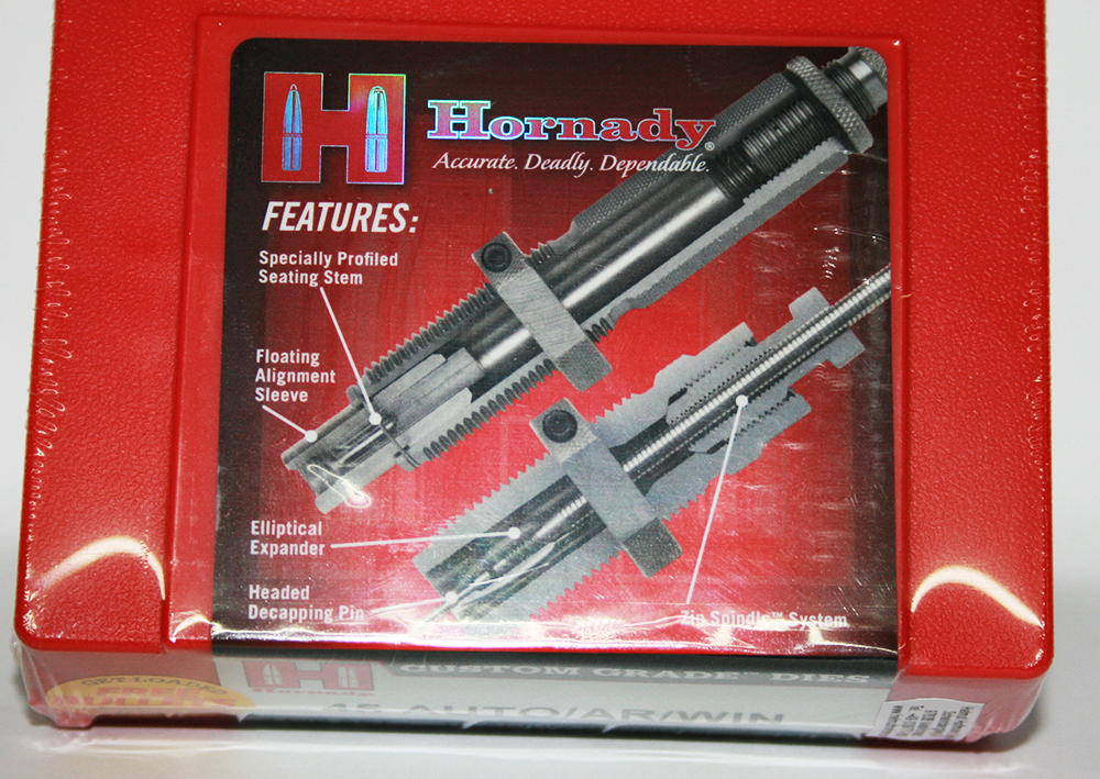 Hornady_3-Die-SET_dreiteilige_Kurzwaffenmatrizensaetze_78546554_45Auto-AR-Win_bayerwald-jagdcenter.de_0.jpg
